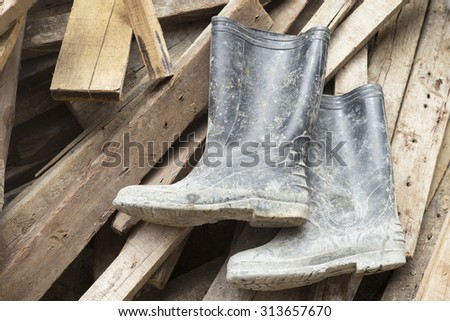 Work boots for construction workers