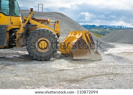 working at sandstone quarry