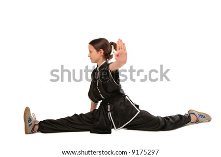 Wushu girl makes splits