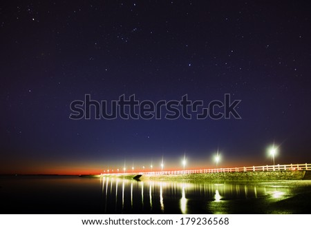 Wynnum jetty just before dawn