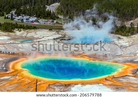 Yellowstone's grand prismatic spring - stock photo