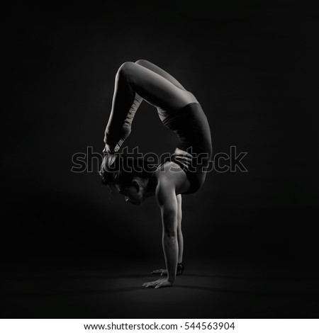 Yoga, Vrchikasana (Scorpion Pose)