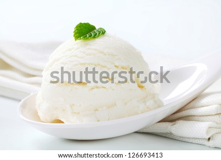 Yogurt ice cream