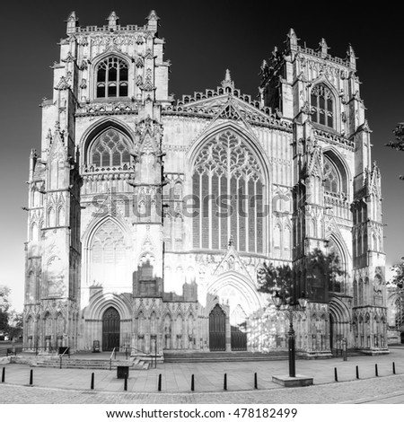 York minster west facade sqared black and white photography early english gothic