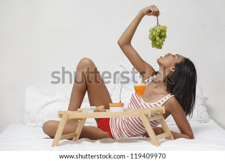 young beautiful woman and healthy breakfast - stock photo