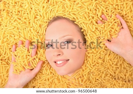 Young beautiful woman with pasta