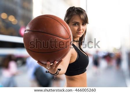 photo of girls playing basketball № 17642