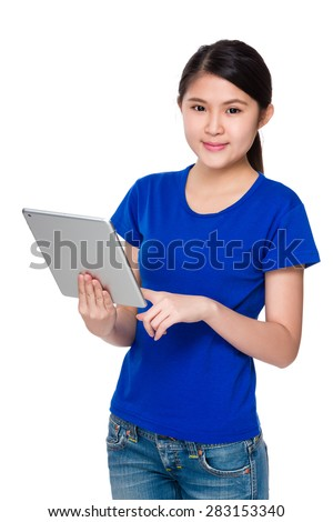 Young lady use of tablet
