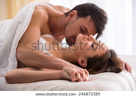 Bed Romantic The Kiss On