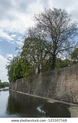 Ypres Menin Gate Barricades + nature