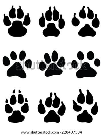 Black Print Wolfs Paw Vector Stock Vector 317117996 - Shutterstock
