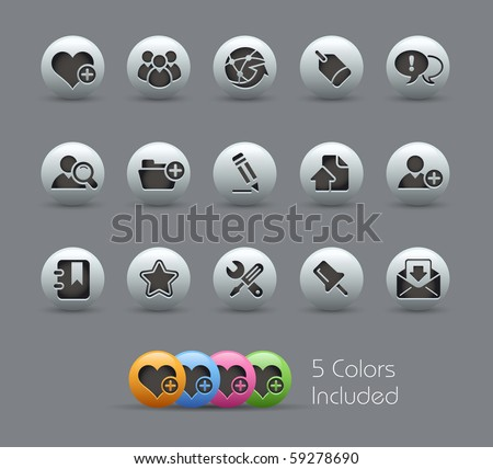 Internet & Blog // Pearly Series -------It includes 5 color versions for each icon in different layers --------- - stock vector