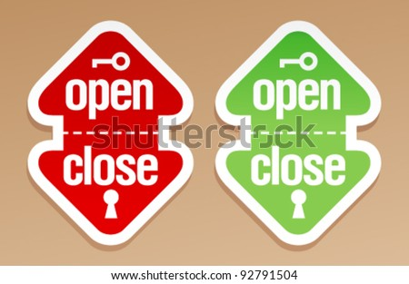 Open and close packing signs.