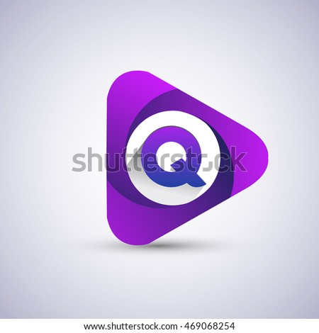 Q letter logo in the triangle shape, font icon, Vector design template elements for your application or company identity.