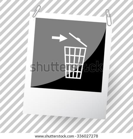 recycling bin. Photoframe. Vector icon. - stock vector