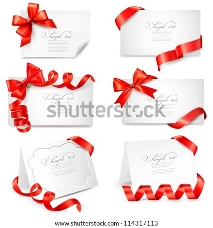 Set of gift cards with red gift bows with ribbons. Vector illustration.