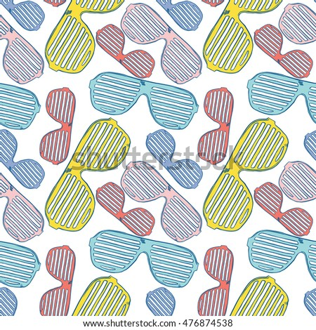Vector hand-drawn seamless pattern with  cute glasses holiday